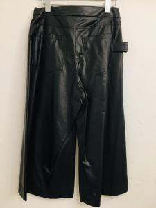 pantalone donna| in ecopelle| nero |con 4 tasche| taglio svasato| cropped| made in Italy