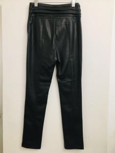 Pantalone donna| in ecopelle| nero| con drappeggio in vita| cerniera laterale| made in Italy