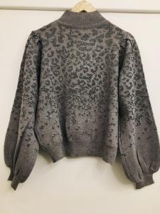 Maglione donna| grigio| fantasia animalier in lurex| collo a lupetto| manica ampia
