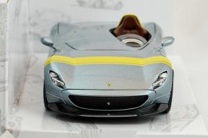 Ferrari Monza Sp1 Silver Yellow Stripe - 1/24 Burago