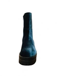 Stivale donna  blu acciaio  in velluto  con elastico laterale  punta tonda  maxi suola in gomma  made in Italy
