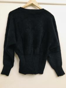 Maglioncino donna| nero| scollo a V| manica lunga e ampia| made in Italy