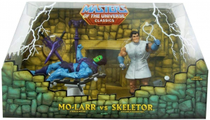 Masters of the Universe Classics: MO-LARR vs SKELETOR by Mattel